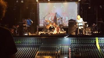 אוזריק טנטיקלס הופעה במועדון הבארבי תל אביב