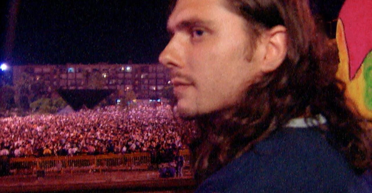 """עופר הבפגנה """"תנו צ'אנס לטראנס"""" כיכר רבין, 1998"""