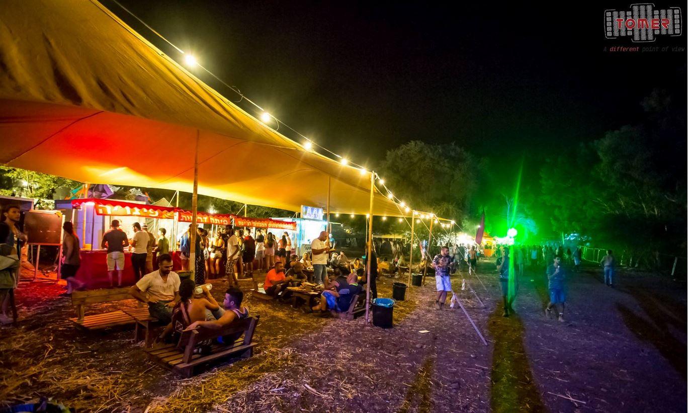 דוכני מזון ואוכל בפסטיבלים ומסיבות