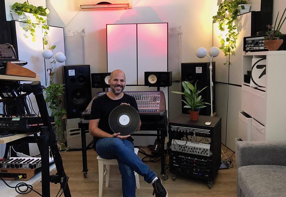Eitan Raiter studio