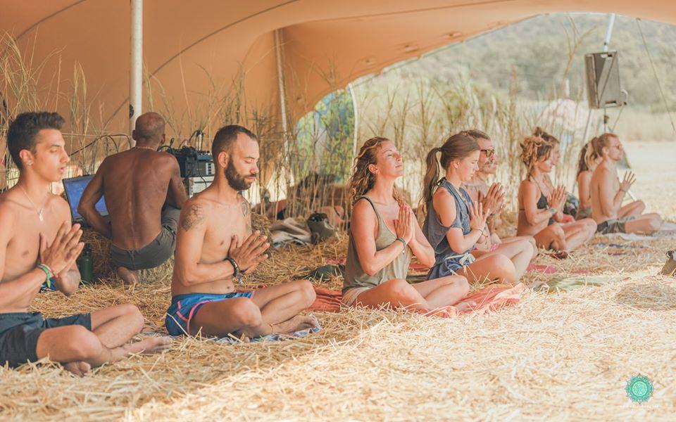 פסטיבל Free Earth אומנות תוכן יוגה סדנאות
